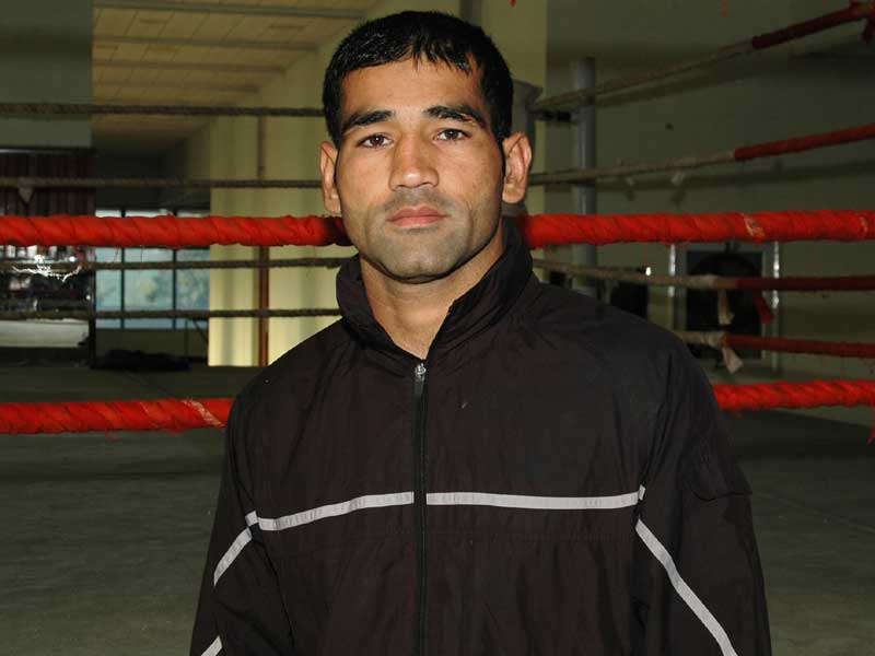 Nisar Khan (75kg)<br /> <strong>DOB:</strong> 20/09/1982, Lahore<br /> <strong>How it all started:</strong> I actually wanted to play basketball but in 2001 was persuaded by some coaches to give boxing a shot. I took part in a tournament by the Pakistan Army and it's been a tough journey since. My idols were Asghar Ali Shah and Haider Ali.<br /> <strong>Training and diet:</strong> I train for about 4 hours a day but for the Asian Games, the routine has been a bit more rigorous. My diet is made up mostly of protein.