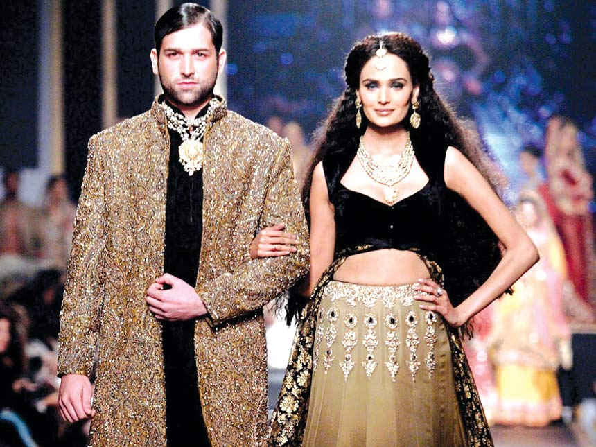 HSY's sepia and black bridal is eastern opulence as its very best