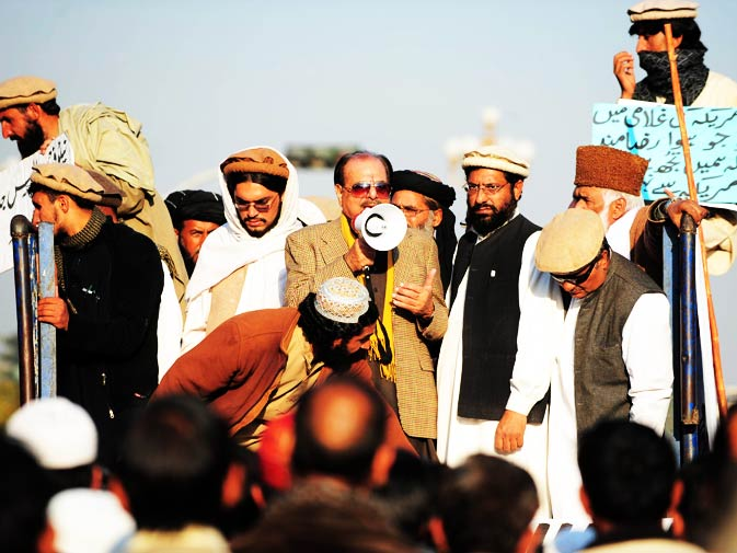 Former ISI Chief Hamid Gul addresses tribesmen from North Waziristan in Islamabad.