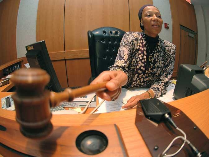 Zakia Mahasa, Judge