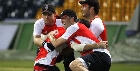 Graeme Swann and James Anderson are good friends and are regular tweeters. —Photo by Reuters