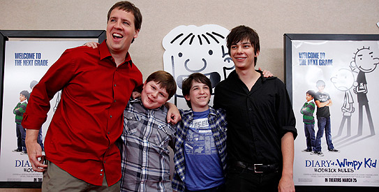 Wimpy Kid Rules Weekend With 24 4m Opening Dawn Com