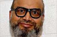 Saifullah Paracha's continued detention at Gitmo a mystery