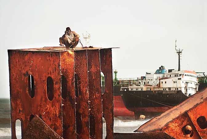 A ship of this size costs around 250 crore rupees, ($30 million). Usually to acquire such a big ship, a bank or even a number of banks have to be involved in the transaction. The bank pledges to the seller by giving a bank guarantee; the buyer then repays the seller and the bank by selling the harvested steel over the time period.