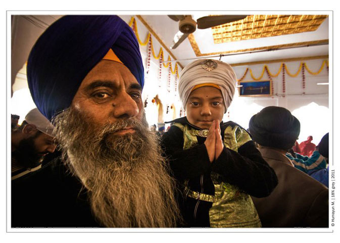 Pilgrims at the Gurdwara- Photo by Humayun Memon | 18% grey