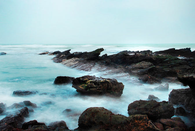 Beach off Mubarak Village, Karachi - 5:23 a.m - Photo by Humayun M | 18% grey
