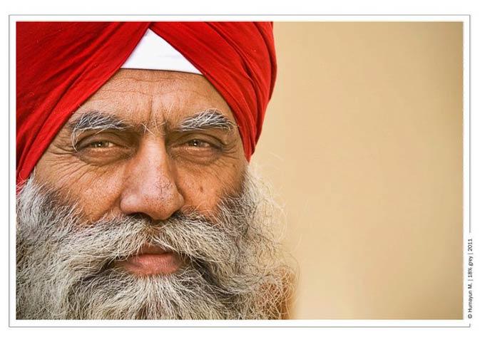 A sikh pilgrim- Photo by Humayun Memon | 18% grey