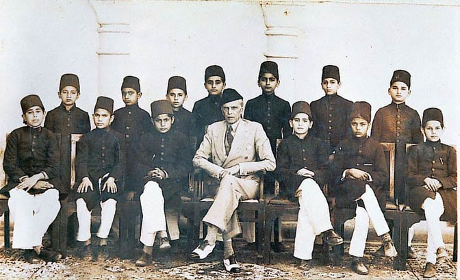 Quaid-e-Azam with Bucha Muslim League Council Members. Jinnah took keen interest in the establishment governing India and its legal and political affairs, focusing more on the empowerment of Indian youth. He staunchly believed that instigating positive behavioral change amongst the youth of the country will result in a more united and disciplined nation. He was keen to address the issues faced by the youth of the country and strived hard to resolve them. In 1906, during the Calcutta session of the Indian National C