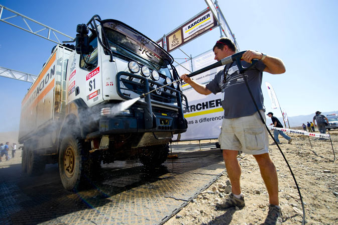 An assistant washes a truck in Copiapo, Chile -the day in which organizers of the 2012 Dakar rally were forced to cancel the sixth stage between Fiambala in Argentina and Copiapo due to summer snow in the Andes.   Organisers were left with no choice but to call off the 394km run from Fiambala to Copiapo containing 247km of timed special after the frontier at Paso de San Francisco was closed by Chilean authorities. The Dakar has decided to organize a convoy for all vehicles and the event will resume on Saturday in C