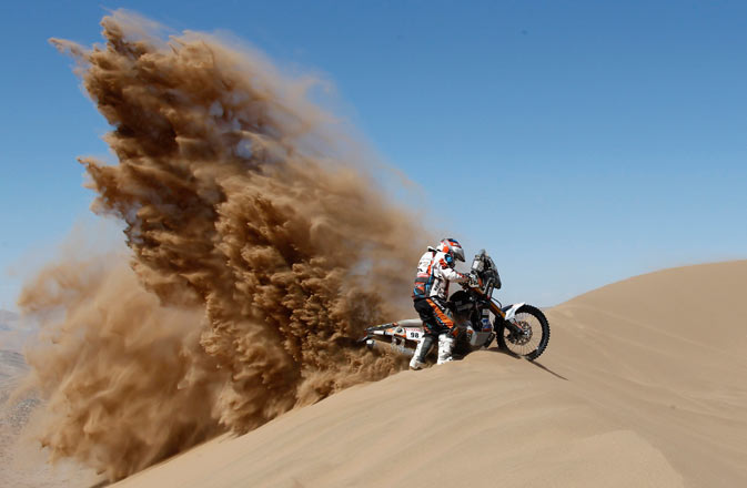 France's Christophe Blondeau rides his Yamaha during the seventh stage of the fourth South American edition of the Dakar Rally 2012, in Copiapo January 7, 2012. - Reuters Photo