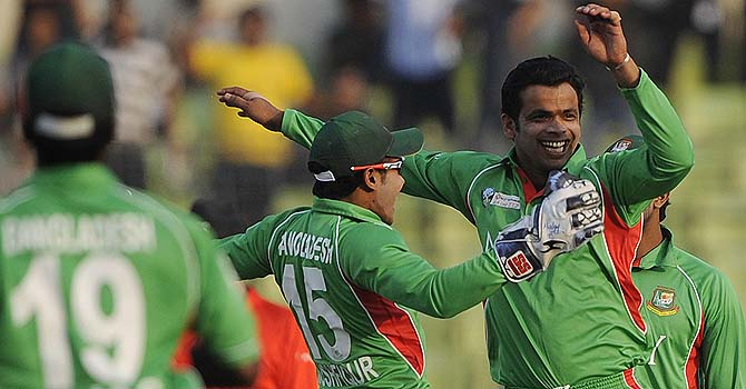210412-bangladesh-cricket-team-670