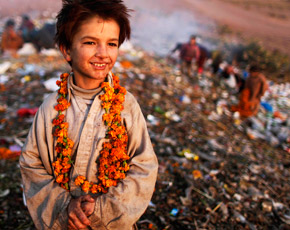 essay on street children in pakistan Prevalence, abuse & exploitation of street children in the early years of the 21st  century gvnetcom/streetchildren/pakistanhtm.