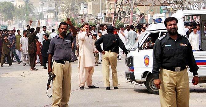 Karachi_police_Online_670