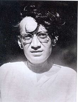 Born in 1912, in Ludhiana district of East Punjab, India, Manto was the youngest son of his fathers? second wife. He perpetually lived in dread of his father who was a very strict man and had a large family.