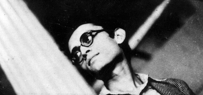 Manto considered Amritsar in Punjab his first home where he went to school and college. Less interested in formal education, he engrossed himself in reading fiction. It was in Amritsar that he started translating fiction in Urdu. ? Photo by Whitestar