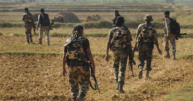 Indian-paramilitary-670