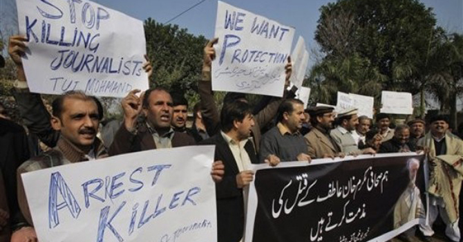 Pakistani journalists rally against the killing of their colleague Mukarram Khan Atif in Peshawar.—AP Photo