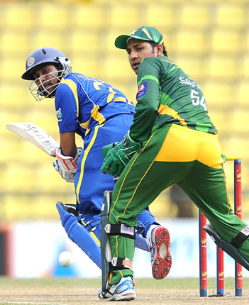 Sri Lanka got off to a good start with Tilikaratne Dilshan scoring a few quick boundaries. ? Photo by AFP