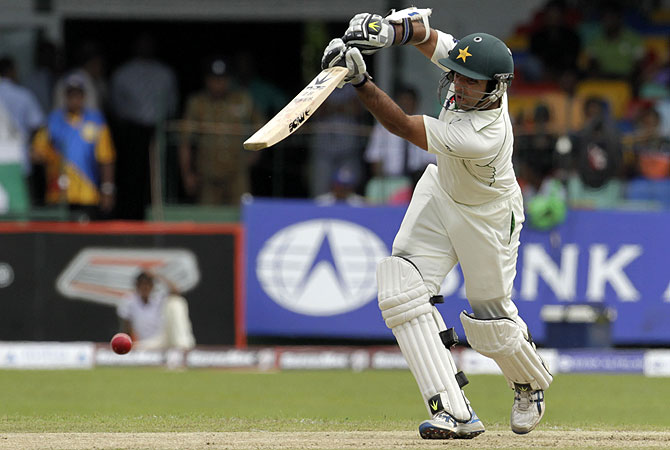 Umar smashed twelve boundaries in his breezy innings. -Photo by AP