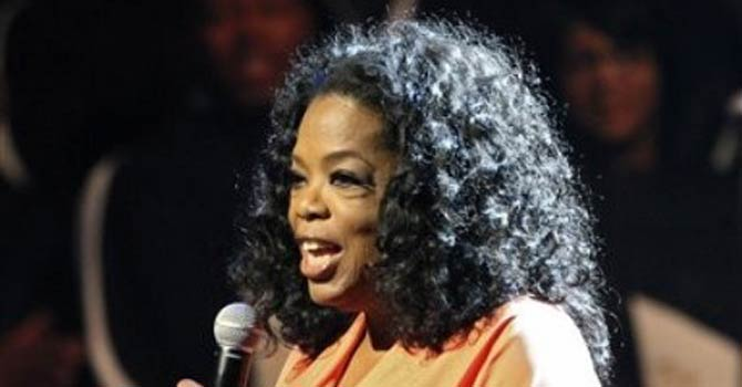 Oprah Winfrey appears onstage at TD Jakes 35th anniversary of ministry at the Winspear Opera House in Dallas. – AP