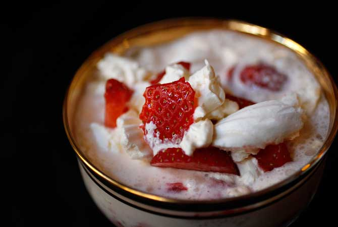A traditional British desert of meringue, cream and strawberries called Eton Mess