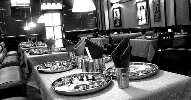 A restaurant in Karachi. – Photo by Fahim Siddiqi/White Star for Dawn