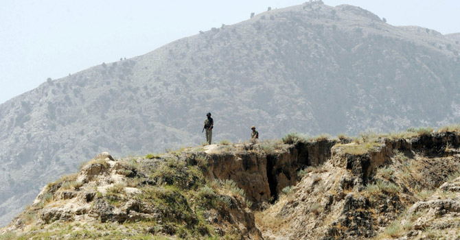 Pakistani security forces stationed at Pak-Afghan border.—AFP Photo