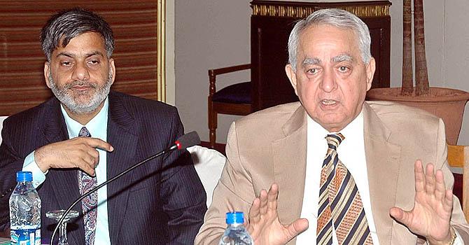nab-chairman-fasih-bukhari-app-670