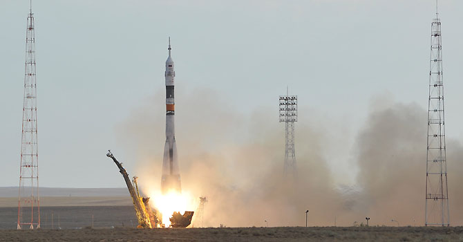 The Soyuz TMA-05M spacecraft blasts off from the Russian leased Kazakh Baikonur cosmodrome on July 15, 2012. A Russian rocket carrying an international crew of Akihiko Hoshide of Japan, Yuri Malenchenko of Russia and Sunita Williams of the US blasted off without a hitch on July 15 for the International Space Station in the first manned mission in two months. AFP