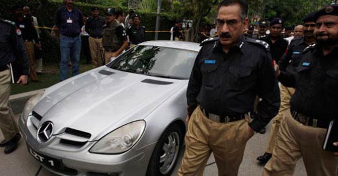 shahbaz-taseer-car-ap_670
