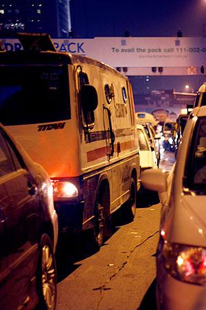 traffic jam, karachi, cars, street