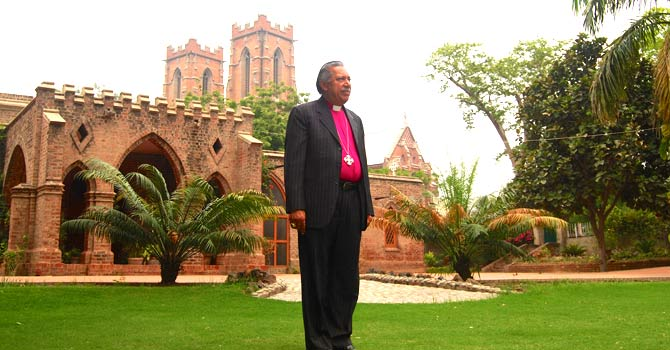 Bishop Alexander John Malik at the Sacred Heart Cathedral, Lahore – Photo by Saba Eitizaz for Dawn.com