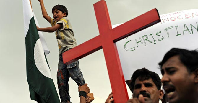 Pakistanis protesting against the arrest of Christians — File Photo