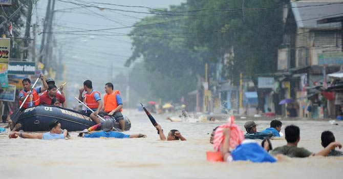 At least 15 dead in Philippine floods