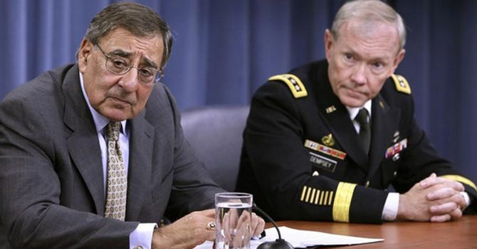 US Secretary of Defense Leon Panetta (L) and Joint Chiefs of Staff Gen Martin Dempsey — Reuters Photo