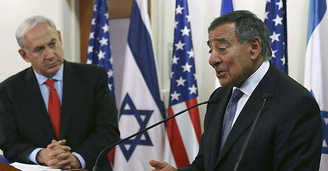 sraeli Prime Minister Benjamin Netanyahu (L) listens as U.S. Defense Secretary Leon Panetta (R) speaks to the media before a meeting at the Prime Minister's office in Jerusalem August 1, 2012. Israel told Panetta on Wednesday that time was running out for a peaceful settlement to the nuclear dispute with Iran because sanctions and tough talk over possible military action were failing to sway Tehran. REUTERS/Mark Wilson/Pool (JERUSALEM - Tags: POLITICS MILITARY)