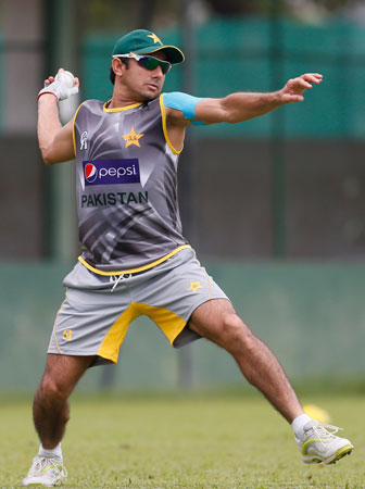 Pakistan's Saeed Ajmal throws a ball during a practice session ahead of their ICC Twenty20 Cricket World Cup super eight match against Australia in Colombo, Sri Lanka. ? Photo by AP