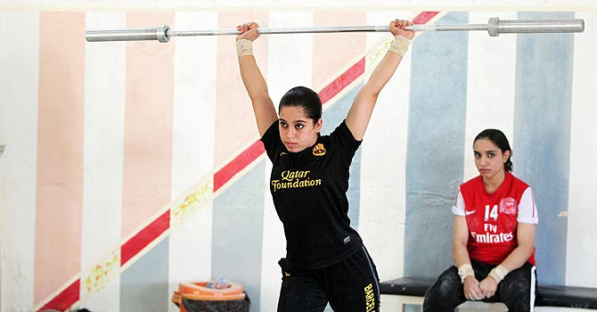 iraq, iraq weightlifting, women, women weightlifting, iraq women