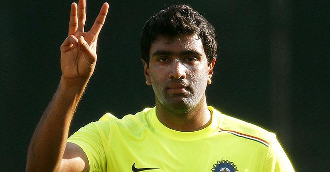ravichandran ashwin, ashwin, saeed ajmal, ajmal, dhoni, dhoni ajmal, dhoni ashwin, england's tour of india, england india ahmedabad, england india first test, england india test series