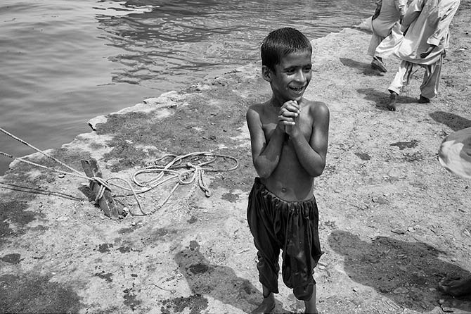 A true child of the sea!  Almost as if he was born out of water like a mermaid! ? Ibrahim Hyderi, Karachi.