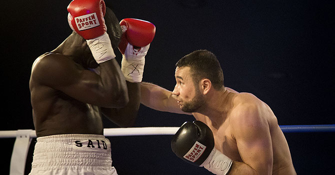 Hamid Rahimi, hamid rahimi, rahimi, afghanistan boxing, Afghan pugilist triumphs in country's first pro boxing bout, Home favourite wins first Afghan pro bout, Afghan boxer wins 1st pro fight in war-torn nation, Said Mbelwa
