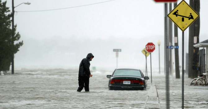 Hurricane-Sandy-Reuters-670