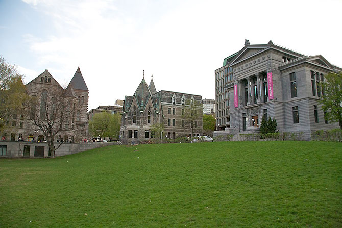 McGill University main quadrangle is a grand display of many lovely old buildings.  The university established in 1821 has remained one of Canada's premier institutions of higher learning, boasting seven Nobel Prize winners.