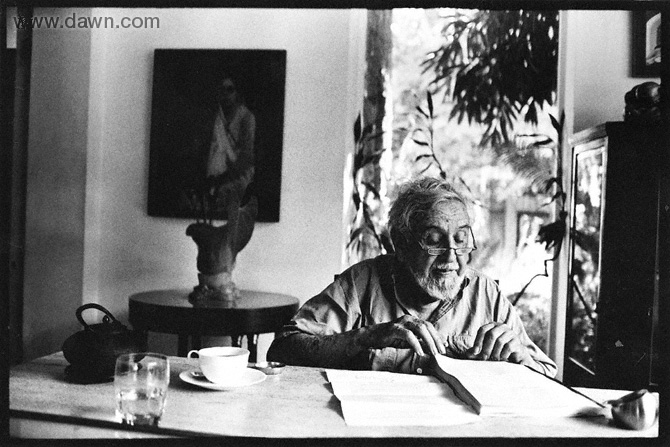 Cowasjee at his breakfast table. - Photo courtesy White Star