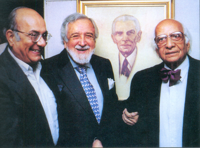 With Fatehyab Ali Khan (L), former Chairman of the Pakistan Institute of Internal Affairs, and artist Ahmed Saeed Nagi (R). – Photo courtesy Sama Books