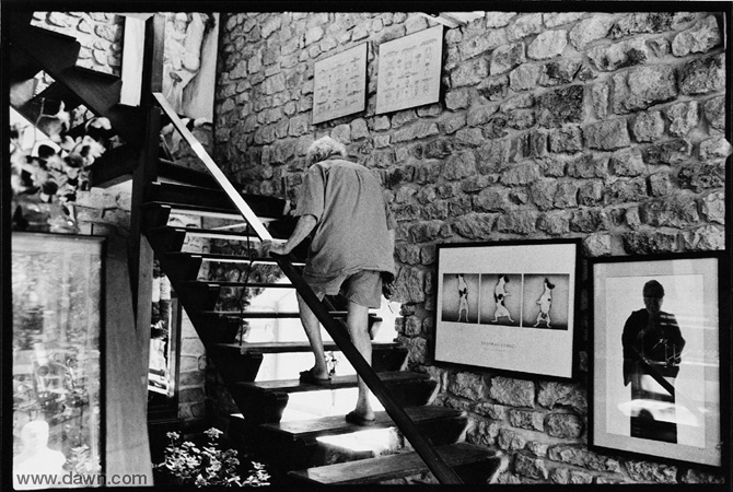 Climbing the stairs at his home.- Photo courtesy White Star
