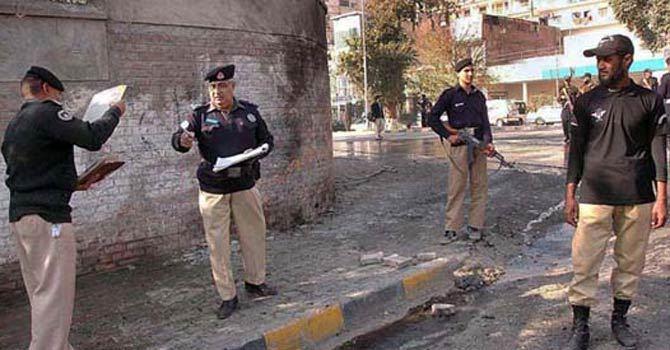 police-peshawar-670