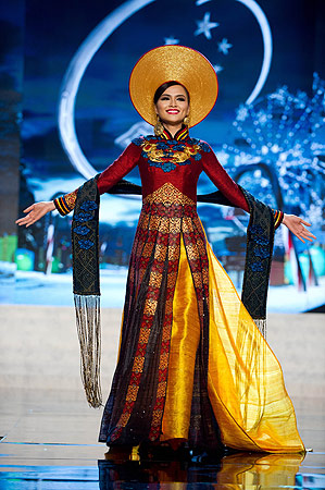 Miss Vietnam 2012 Diem Huong Luu performs at the 2012 Miss Universe National Costume Show of the 2012 Miss Universe Presentation Show on December 14, 2012 in Las Vegas. ? AFP Photo