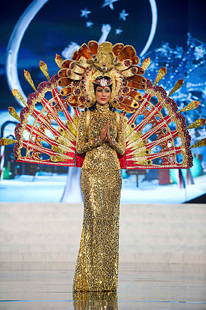 Miss Sri Lanka Sabrina Herft performs onstage at the 2012 Miss Universe National Costume Show at PH Live in Las Vegas, Nevada December 14, 2012. ? Reuters Photo