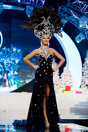 Miss Panama 2012 Stephanie Vander Werf performs at the 2012 Miss Universe National Costume Show of the 2012 Miss Universe Presentation Show on December 14, 2012 in Las Vegas. ? AFP Photo